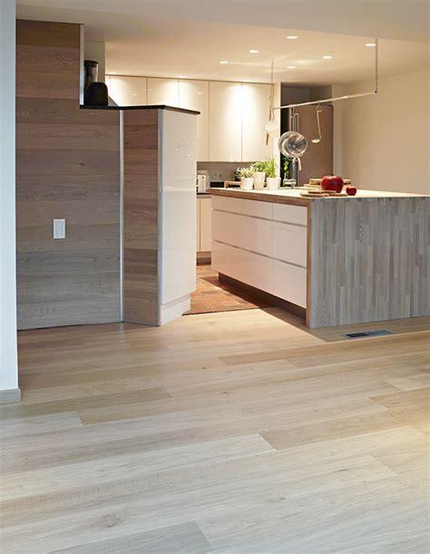 parquet dans la cuisine 10 conseils sympas pour votre parquet de cuisine lalegno