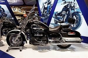 Le Plus Gros Moteur Du Monde : quelle est la marque de la plus grosse moto du monde ~ Medecine-chirurgie-esthetiques.com Avis de Voitures