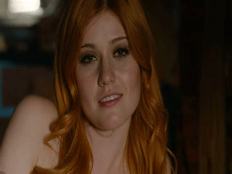 Clary Fray GIF - Find u0026 Share on GIPHY
