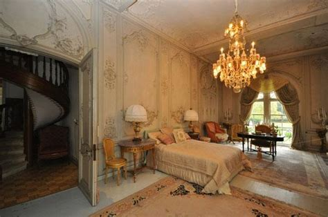 Magnificent Architecture And Beautiful Interior Design