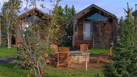 Yellowstone Cabin by Explorer Cabins At Yellowstone Yellowstone Cabins
