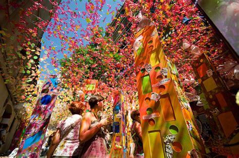 festa major de gracia  barcelona summer festivals