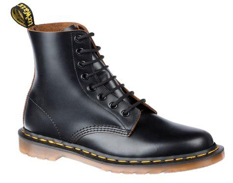 dr martens  vintage black pediwear footwear