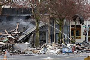 Natural gas explosion reduces Seattle businesses to rubble