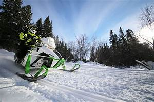 10 Tips for Buying a Snowmobile in Ontario   Northern ...
