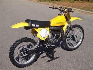 Moto Cross Suzuki : 1978 suzuki rm100 vintage motocross bikes suzuki dirt bikes suzuki motorcycle motocross bikes ~ Louise-bijoux.com Idées de Décoration