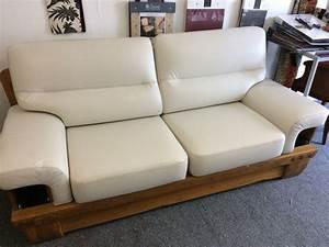 tapissier renovation fauteuil cuir lyon magasin a brignais With renovation canapé cuir
