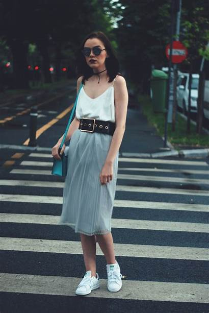 Skirt Sneakers Pleated Midi Grey Summer Outfit