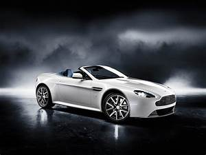 Aston Martin Sports Car 2011 | The Car Club