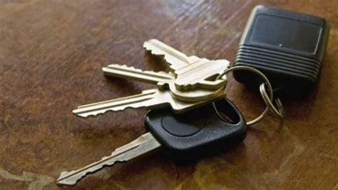 Why You Should Wrap Your Car Keys In Aluminum Foil