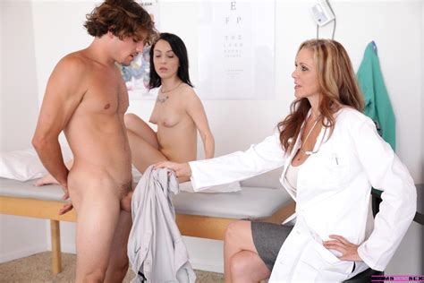 Teen Hottie Sandra Luberc Has A Threesome With Doctor