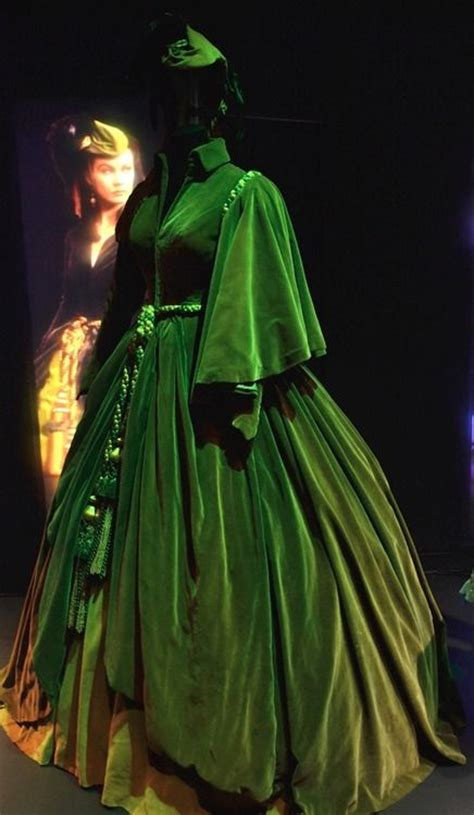the infamous green curtains gown worn by vivien leigh