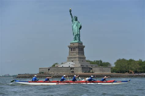 Living On A Boat In New York City by Small Boat Big City Kayaking From Manhattan To The