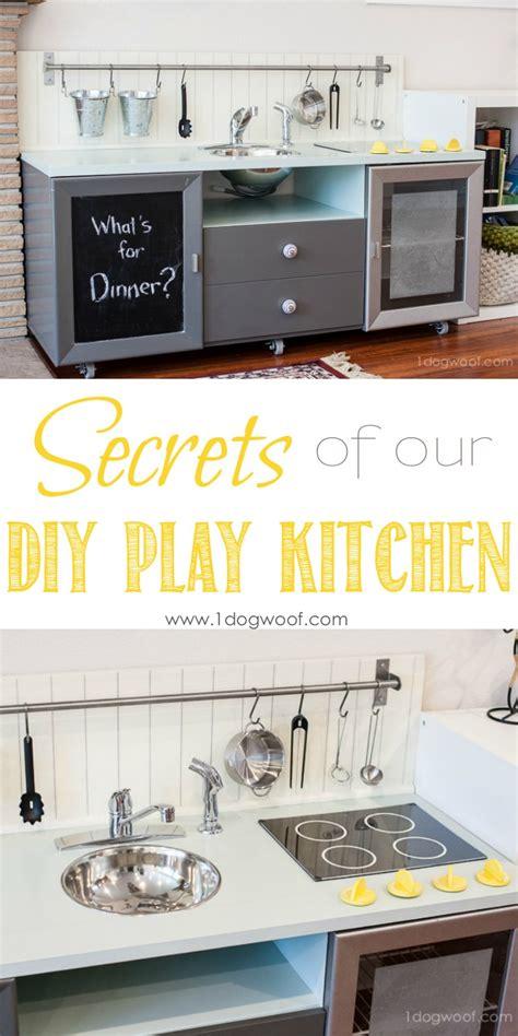 secrets    built  diy play kitchen