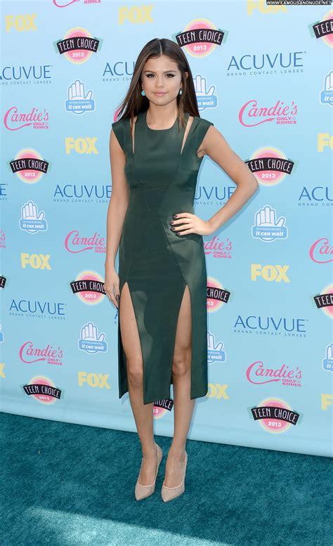 Selena Gomez No Source Celebrity Beautiful Babe Posing Hot