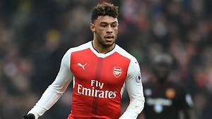 Manchester United monitoring Arsenal duo Alex Oxlade ...