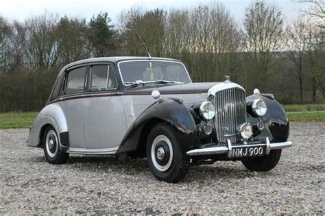 Bentley R Type 4.6 Saloon (1954)