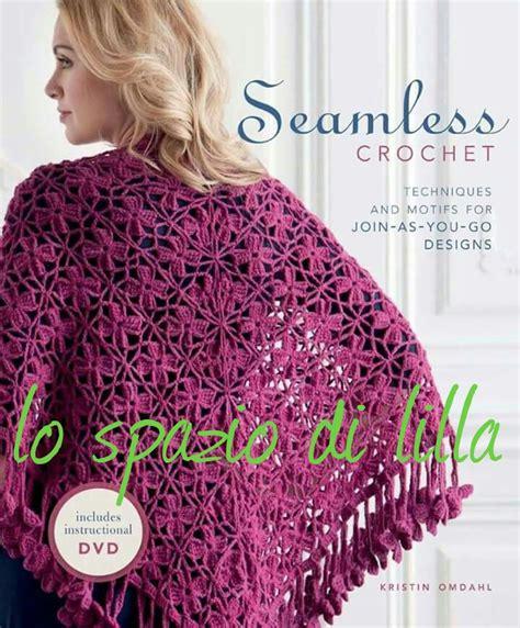 scialle uncinetto con fiori lo spazio di lilla scialle crochet e scialle a filet con