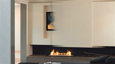 Kamin Wand by Bespoke Fireplaces I Tv Above Fireplace I Designer Fireplace