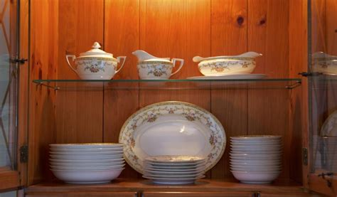 how to organize a china cabinet how to organize dinnerware in a china cabinet home