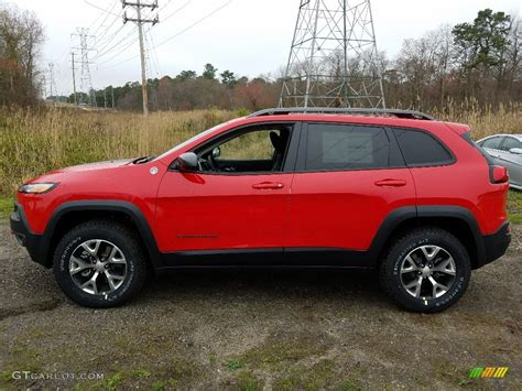 jeep cherokee trailhawk red 2017 firecracker red jeep cherokee trailhawk 4x4