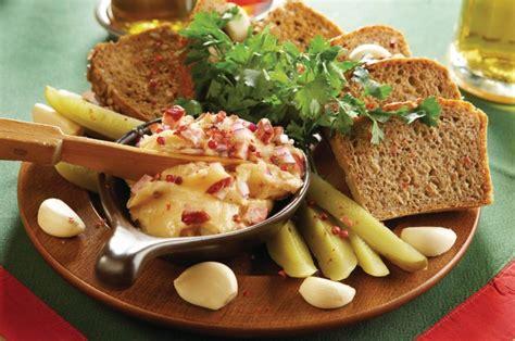 cuisine polonaise traditionnelle cracovie guide touristique petit futé cuisine polonaise