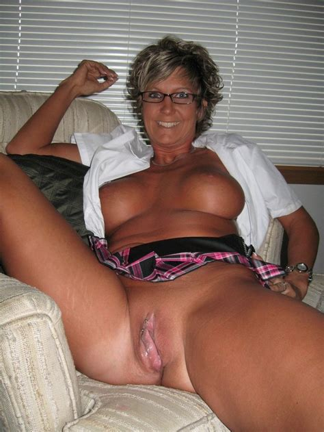Photos Of Mature Naked Women Image