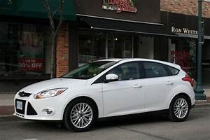 Test Drive 2012 Ford Focus SEL Hatchback Autosca