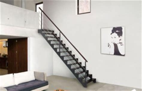 reglementation courante escalier transformer un simple escalier en 233 l 233 ment de d 233 coration de votre maison c est possible