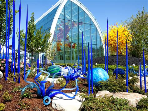 chihuly garden and glass seattle now and then dale chihuly