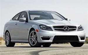 Mercedes Amg Coupe : 2012 mercedes benz c63 amg coupe first test motor trend ~ Medecine-chirurgie-esthetiques.com Avis de Voitures