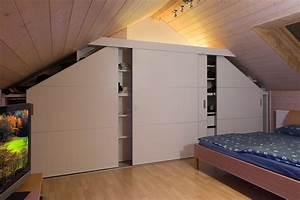 Schiebetüren Für Dachschrägen : schrank in der dachschr ge nach mass dachschr genschrank beidseitig abfallend mit schiebet ren ~ Sanjose-hotels-ca.com Haus und Dekorationen