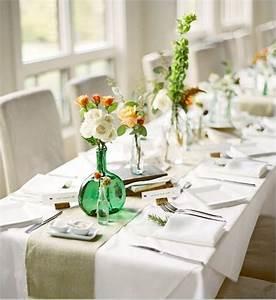 Kleine Weiße Vasen : gro en tisch modern dekorieren rosen in kleinen vasen ~ Michelbontemps.com Haus und Dekorationen