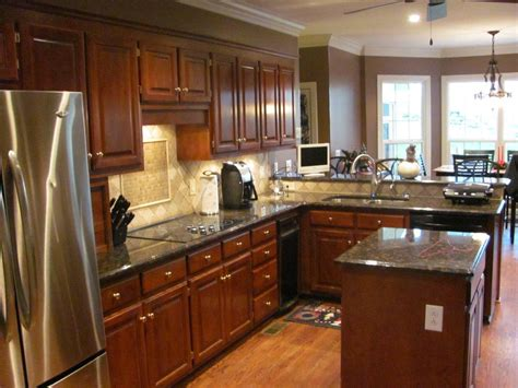 kitchen cabinets remodeling ideas handicap accessible bathroom guyson construction 6354