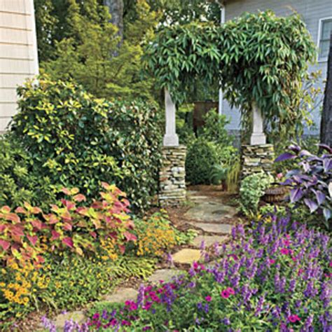 southern flower gardens fill your yard with flowers southern living