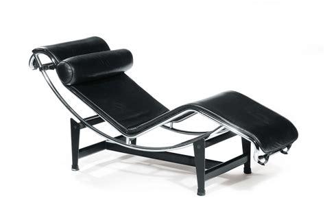 Charlotte Perriand  Le Corbusier  Chaise Longue Lc4