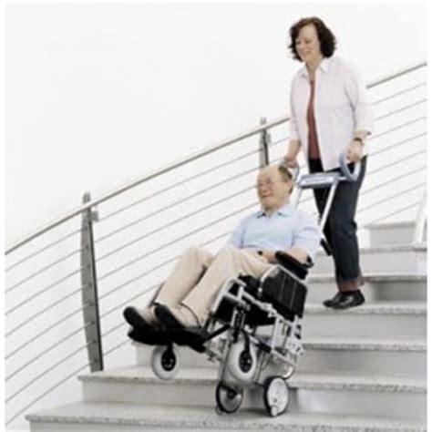 chaise electrique pour monter escalier location monte escalier pour fauteuil roulant