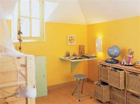 deco chambre jaune idée déco chambre bébé jaune