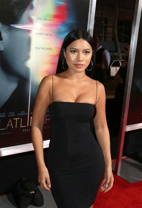 julia kelly actress julia kelly sexy in los angeles 13 photos the fappening