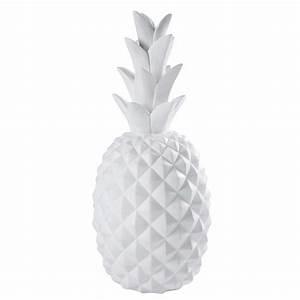 Objet Deco Ananas : statue ananas en r sine blanc mat janeiro maisons du monde ~ Teatrodelosmanantiales.com Idées de Décoration