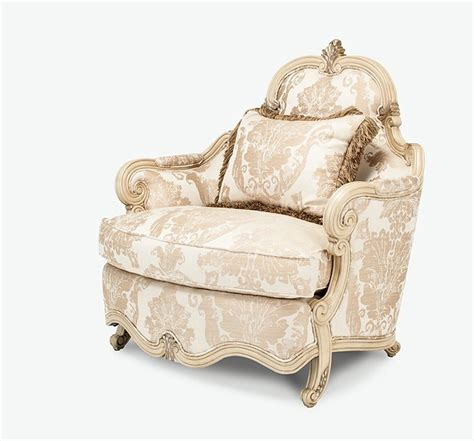 platine de royale chagne blanc chair and a half with