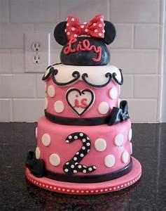 Kelli's Kakez: Minnie Mouse Birthday
