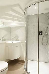 l39 amenagement petite salle de bains n39est plus un With porte de douche coulissante avec carrelage grand format salle de bain
