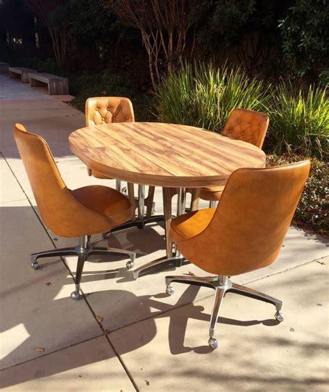 atomic mid century modern chromcraft kitchen table