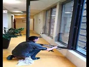 Laveur De Carreaux : video laveur de vitres l 39 as des carreaux youtube ~ Farleysfitness.com Idées de Décoration