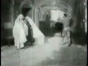 george melies the devil s castle the devil s castle 1896 1st horror vire movie