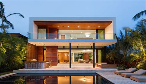 florida architect max strang builds oceanfront houses