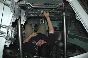 Apollo command module cockpit location - collectSPACE ...