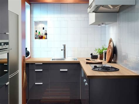 Дизайн интерьера маленьких кухонь  фото кухни маленького