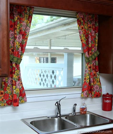 vintage barkcloth curtains    petticoat
